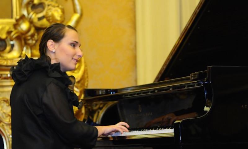 Luciana Canonico il segreto di chi vede attraverso la musica - Fondazione Angelo Affinita