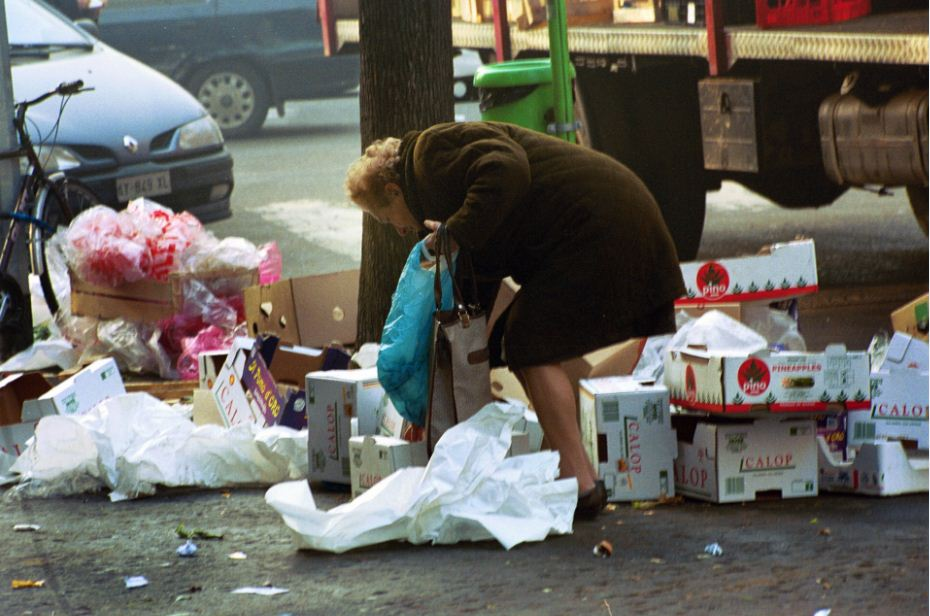 Poverty that terrorizes Italian families and how to overcome it - Angelo Affinita Foundation
