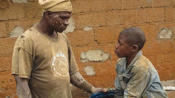 Questi giovani vogliono imparare un mestiere e camminare con le proprie gambe, hanno bisogno solo di una cosa che soltanto tu gli puoi dare - Fondazione Angelo Affinita