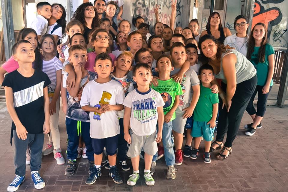 Dallo spaccio al lavoro onesto ecco come puoi salvare i bambini di Scampia dal crimine investendo sulla formazione - Fondazione Angelo Affinita