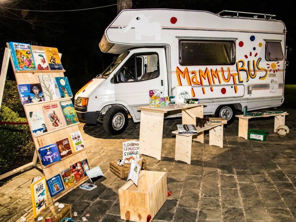 un-magico-viaggio-sul-mammut-per-aiutare-i-bambini-di-scampia-e-di-tutta-italia-fondazione-angelo-affinita-2