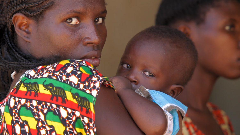 [Video testimonianza] Il futuro di tante giovani madri vittime dello sfruttamento nelle tue mani. Ascolta le parole di Mirela e scopri come aiutarle - Fondazione Angelo Affinita